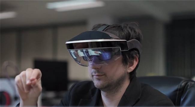 Meta 2 AR眼镜